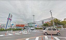 イオンモール木曽川。車で4分とお買い物が便利です。