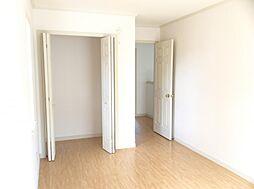 2階洋室もクローゼット 収納充実