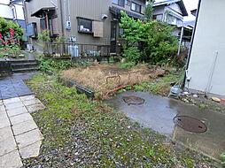 庭先も広々しているので、お好みのガーデニングをお楽しみください。