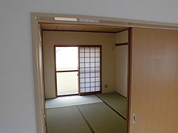 兵庫県伊丹市御願塚3丁目の賃貸マンションの外観
