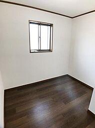 「2階小部屋」物置や趣味スペースに使えます。