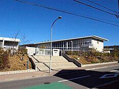 小学校神戸市立長尾小学校まで366m