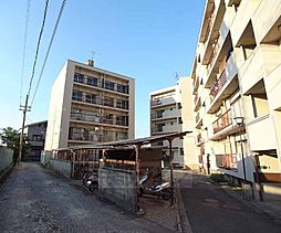 京都府向日市鶏冠井町荒内の賃貸マンションの外観