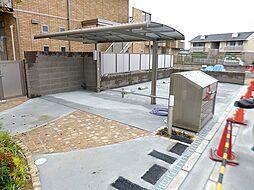 大阪府羽曳野市島泉9丁目の賃貸アパートの外観