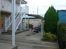 レオパレスマーテルコサージ12[1階]の外観
