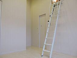 アーニスト和白[2階]の外観