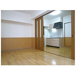 グランテージ感彩の個人の部屋や寝室として使える洋室です