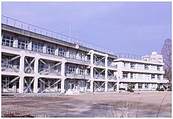 阿見町立実穀小学校(790m)