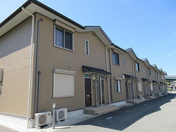 兵庫県神戸市北区山田町下谷上字池ノ内の賃貸アパートの外観