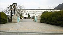 龍野東中学校 1730m