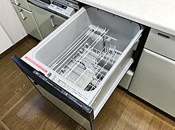 「設備:食洗機」自動で食器洗いをしてくれる主婦の力強い見方です。