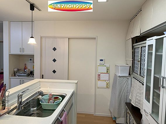 未使用の食器洗...