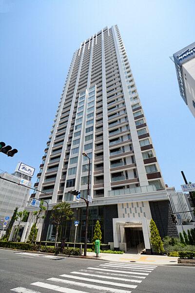ブランズタワー南堀江[28階]の外観