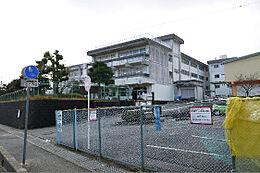日立市立塙山小学校(1067m)