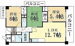 プレミール城陽[2階]の間取り