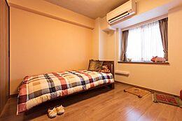 収納スペースがしっかりと確保されているのでお部屋がすっきりとします。