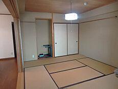 床の間付き和室8畳