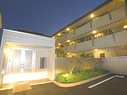 埼玉県吉川市栄町の賃貸アパートの外観
