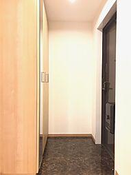 下足入れ&全身鏡付きの玄関