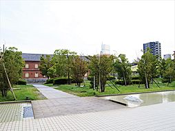 共用部 敷地内公園 緑に囲まれた空間で癒されます。2019.5月