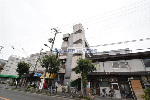 ファースト田島[2階]の外観