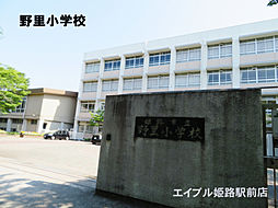 [一戸建] 兵庫県姫路市野里月丘町 の賃貸【/】の外観