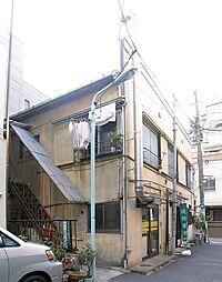 塚本荘[202号室]の外観