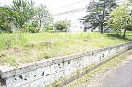 土地面積は、約53坪で広々とした土地です。