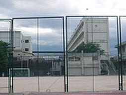 サンシティ千足[1階]の外観