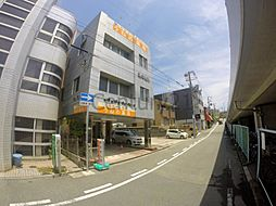 兵庫県川西市大和西2丁目の賃貸マンションの外観