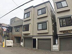 北海道札幌市中央区北一条西27丁目の賃貸アパートの外観