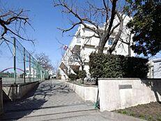 昭島市立福島中学校 1310m