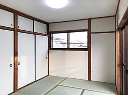 2F北側6帖和室。