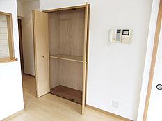 LDK内収納スペース