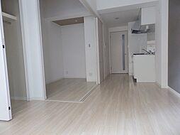 ポルタニグラ大須の洋室