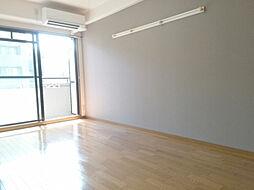コモドエスペシオ勝山の洋室