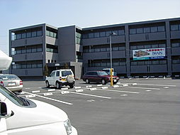 長野県松本市大字新村の賃貸マンションの外観