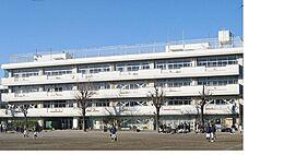 西東京市立田無第四中学校まで908m、西東京市立田無第四中学校まで徒歩約12分。