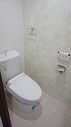 ウォシュレット機能付トイレ