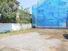 敷地面積36坪、陽当たり良好。建築条件無売地。お好きなハウスメーカーでマイホーム。