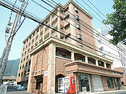 福岡県北九州市小倉南区湯川5の賃貸アパートの外観