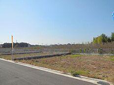 西武拝島線「西武立川」駅徒歩6分 緑豊かな閑静な住宅街 大型開発分譲地内 全19区画