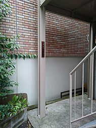 伊志井マンション[2F号室]の外観