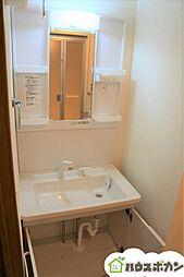 新築同様ピカピカの洗面台を使用していただけます。