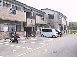 静岡県三島市谷田の賃貸アパートの外観
