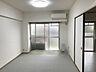 【リビング】LD8.8畳の広さ。室内きれいにお使いです。,3LDK,面積60.27m2,価格980万円,新京成電鉄 みのり台駅 徒歩8分,,千葉県松戸市稔台7丁目