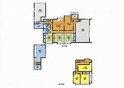 リフォーム済7DKと部屋数は多いです。2階は間取変更で洋室3部屋にしました。お子様にも独立した部屋が確保できますね。