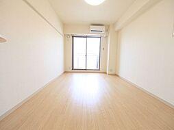 コート新栄の洋室10.9帖 エアコン完備 バルコニー