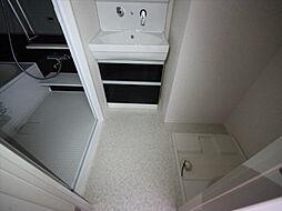 トンシェトアの脱衣所 シャンプードレッサー 室内洗濯機置き場