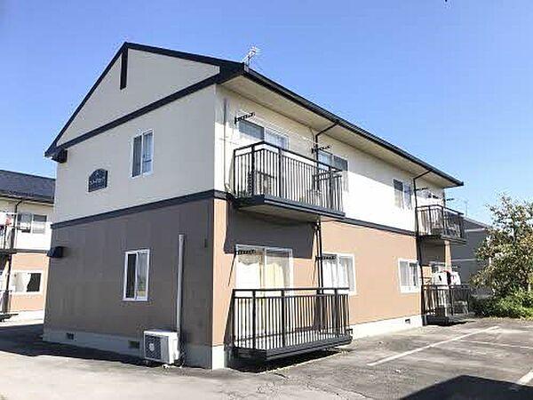 長野県佐久市太田部の賃貸アパートの外観